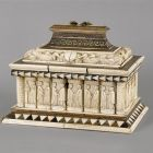 Jewelry casket - with courting scenes