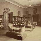 Interior photograph - first floor exhibition room, Museum of Applied Arts